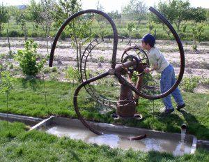 installation artistique. Ecologie énergie douce et recyclage