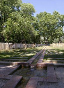 parcours gravitaire d'eau dans le parc